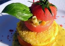wykwintna_babeczka_z_pomidorem